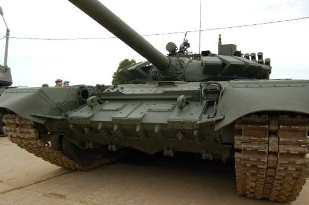 Мотострелковая бригада в Кемеровской области получила 15 танков Т-72Б3