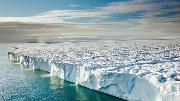 Россия «нагнула» Штаты в «битве» за Арктику