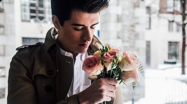 5 признаков, которые указывают на то, что мужчина в вас влюблён