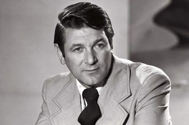 Александр Белявский.