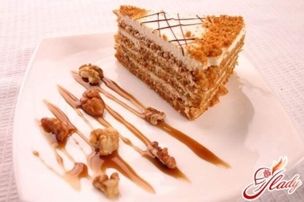Любимый торт-медовик со сметанным кремом