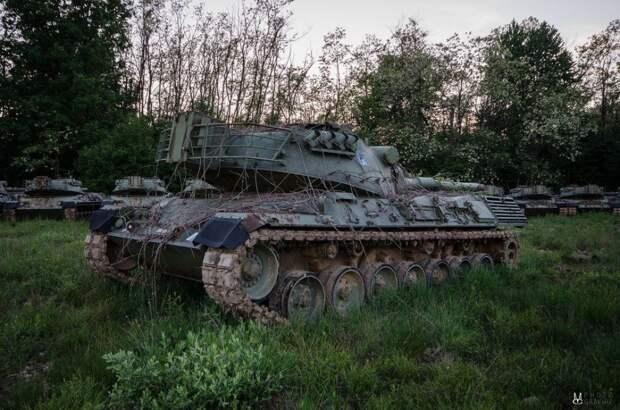 terraoko-abandoned-tank-20150916 (5)