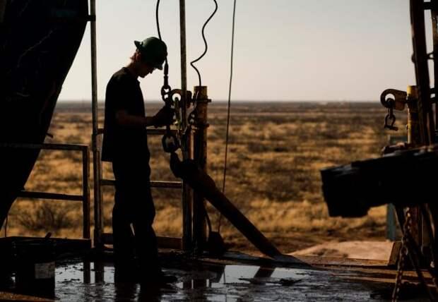 Добыча нефтяники США сланцевики
