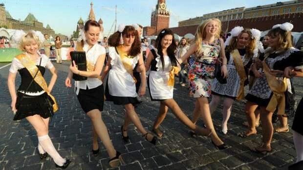Выпускницы на Красной площади