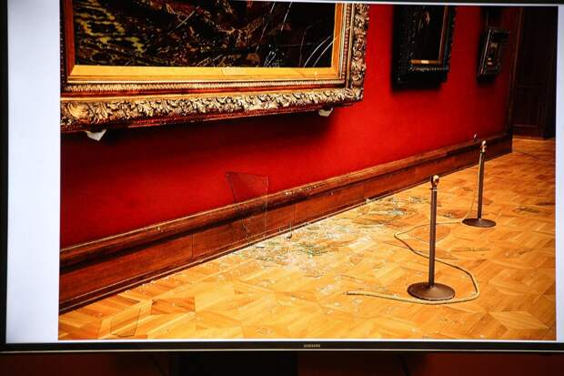 В России предложили запретить продажу алкоголя в музеях