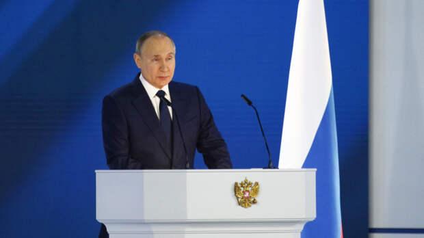 Путин: Запад игнорирует историю с подготовкой убийства Лукашенко