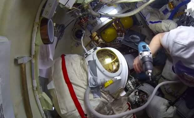 Дыра в отношениях Космос, Дыра, Взаимоотношения, США, Россия, МКС, Союз, Длиннопост