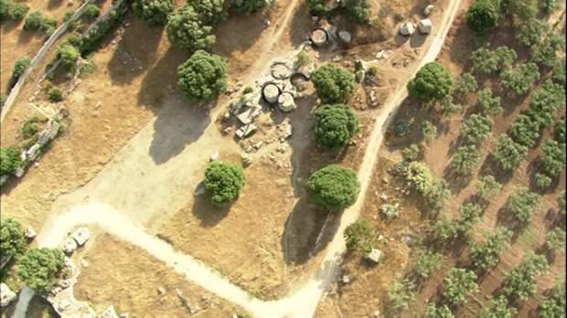 Каменные цилиндры Трапани. Источник http://www.chronoton.ru/pra/tsilindry-sitsilii