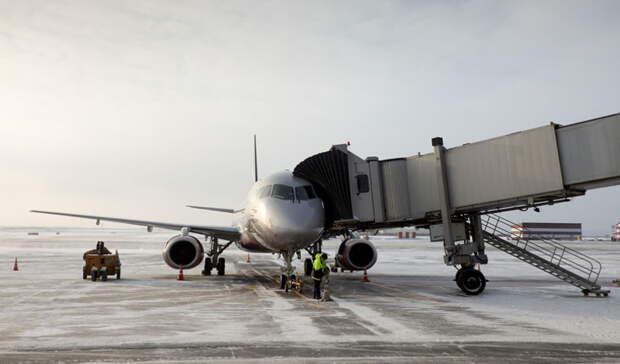 После вынужденной посадки вОренбурге вОрск вернулся самолет изМосквы