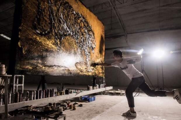«Взрывные картины»: 15 работ в необычной технике рисования брызгами красок