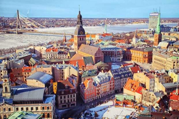 Тяга к европейской сказке, вмешательство в Белоруссию и страна-зомби