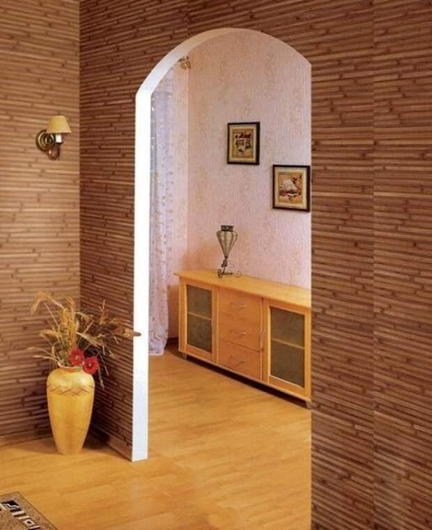 обои бамбуковые в коридоре