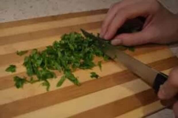 Как только начинают созревать первые кабачки, сразу возникает вопрос, что же из них приготовить.