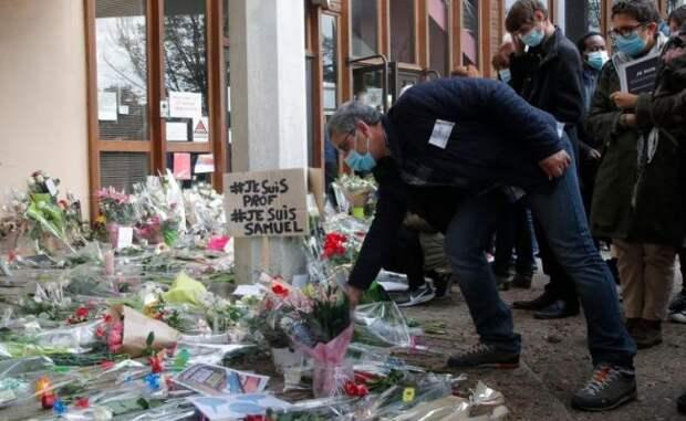 Франция приютила убийцу учителя после того, как вубежище отказала Польша