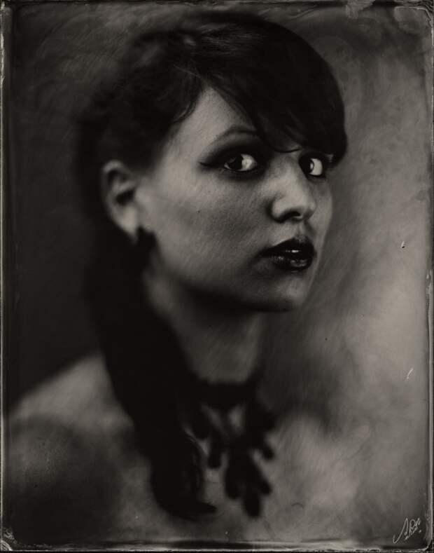 Портретные фотографии, сделанные при помощи старых методов съемки