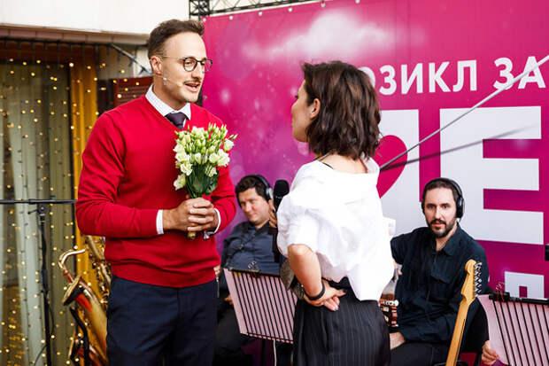 Мюзикл «День влюбленных» провел презентацию-девичник