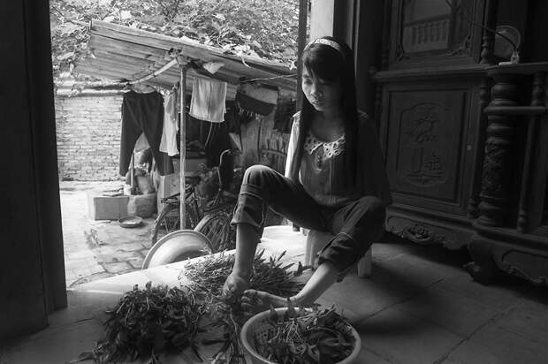 Девушка даже мечтает жить отдельно от родителей вьетнам, девушка, инвалид