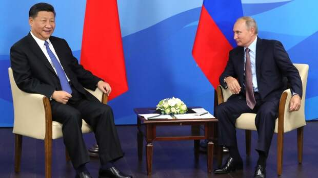 Председатель Китая Си Цзиньпин и президент России Владимир Путин