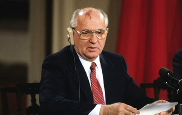 Горбачеву – 90 лет: какую роль сыграл президент СССР в истории страны