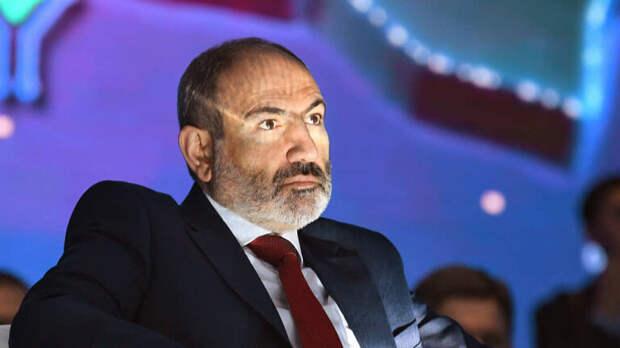 Пашинян заявил, что несобирается бежать изАрмении
