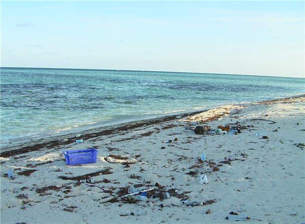 Мусорный ад райских уголков: изнанка лазурных пляжей
