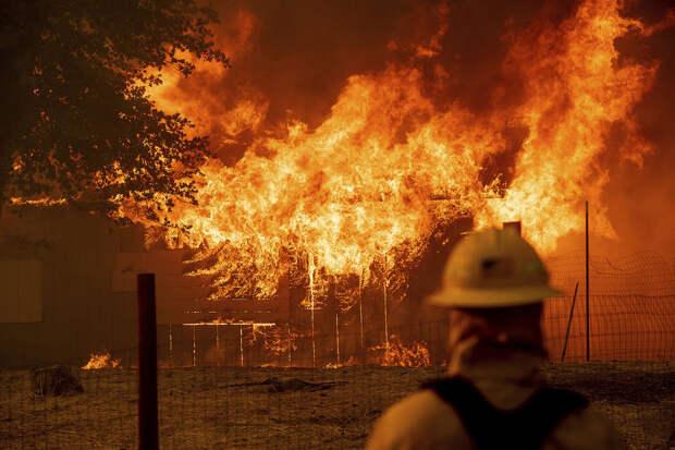 Калифорния снова в огне
