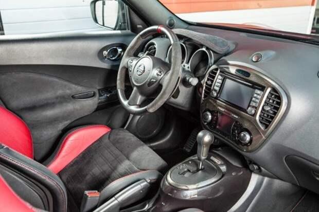Удивляемся вариатору на гоночном Nissan Juke Nismo RS