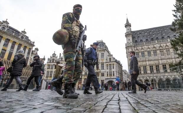 В Брюсселе взрывы и стрельба - опять теракт?