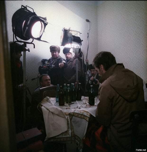 """Фотографии со съемок фильма """"Москва слезам не верит""""."""