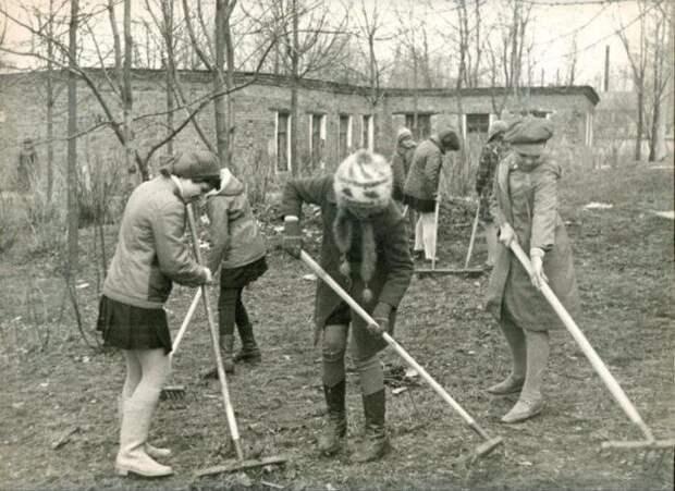 Советские субботники