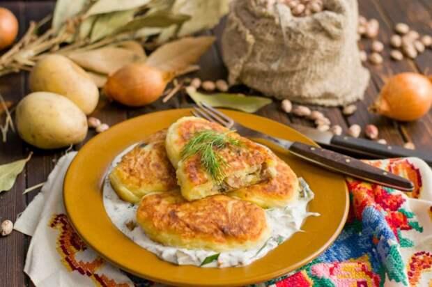 Очень вкусные котлеты из картошки с фасолью. \ Фото: botanichka.ru.
