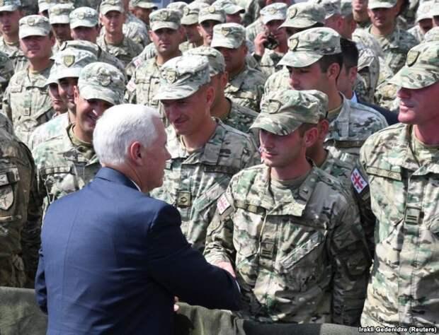 Вице-президент США Майкл Пенс на базе Вазиани возле Тбилиси