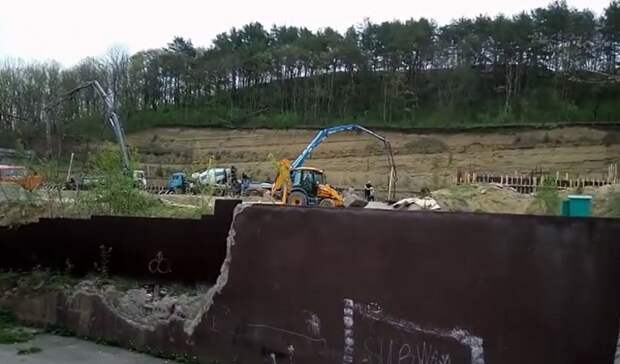 Шумная стройка на кладбище мешает жителям Кисловодска
