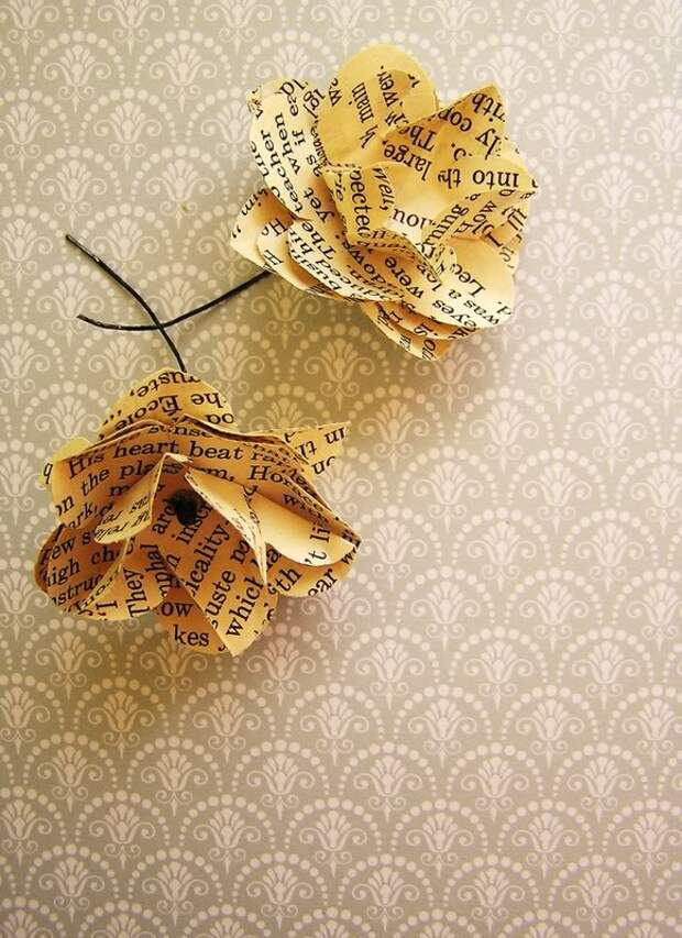 books,vintage,gift wrap,flowers,paper,text