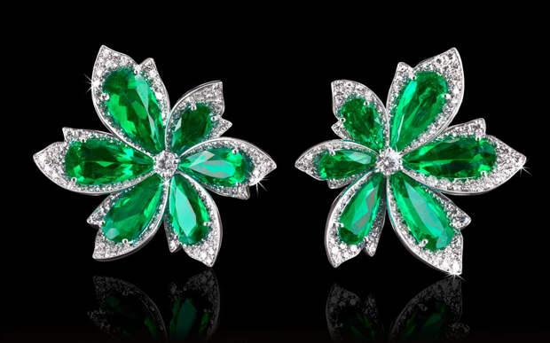 Natural Colombian Emerald & Diamond Palm Leaf Ea