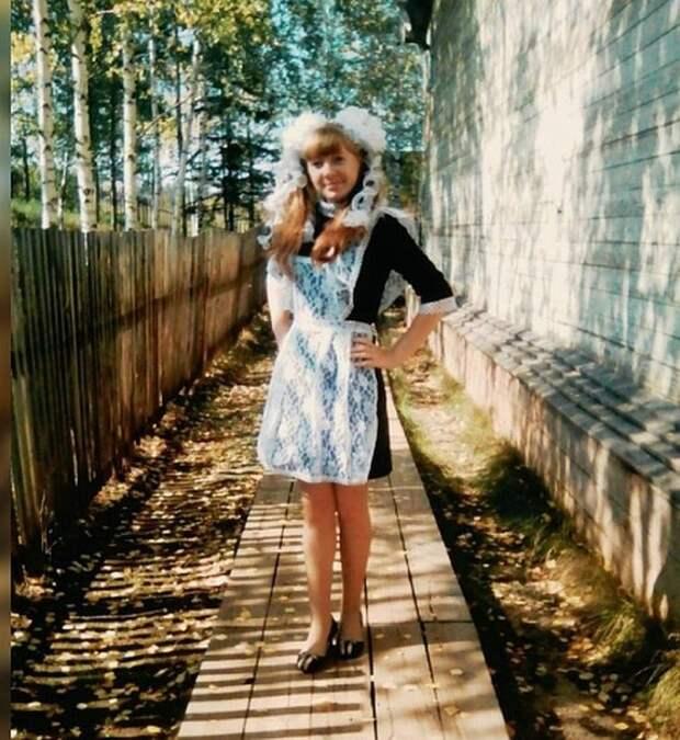 11-классница из Усть-Илимского района в одиночку отметила последний звонок Последний звонок, Школа, Иркутская область, Усть-Илимск