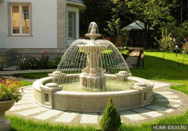 стационарный фонтан на даче
