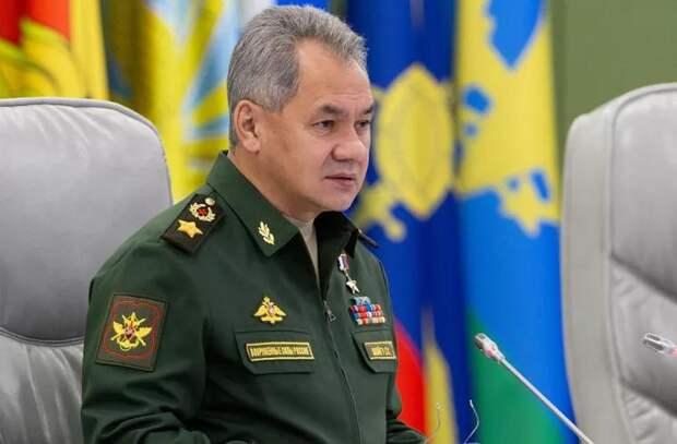 Шойгу приказал готовиться к «неблагоприятному развитию» учений НАТО