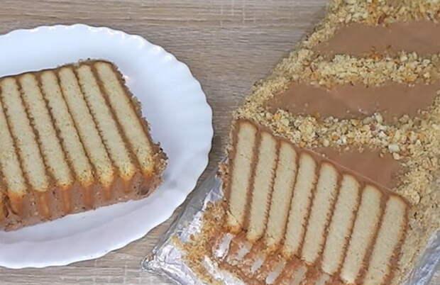 Десерт родом из детства: Как приготовить торт-зебру из копеечных ингредиентов без выпечки
