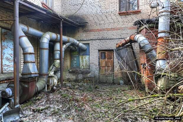 Останки высокоразвитой цивилизации. Заброшенный пионерлагерь Радуга в Московской области.