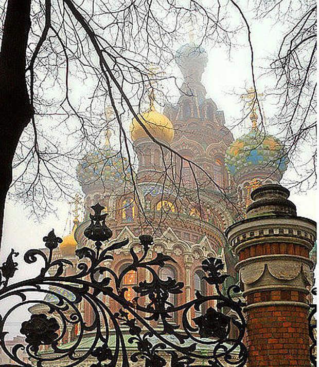 Храм Спас-на-крови в Петербурге ... Неповторимая красота.