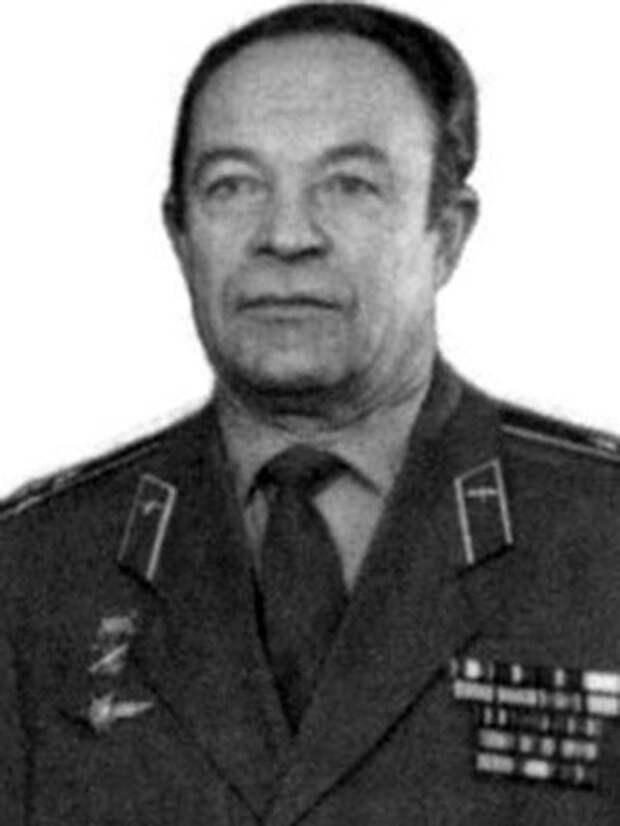 Леонид Антропов облетал на КВЗ 2400  вертолетов