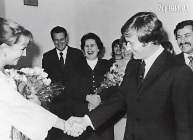 """""""Ну, еще лет десять потерпи"""" - Екатерина Градова о своем браке с Андреем Мироновым."""