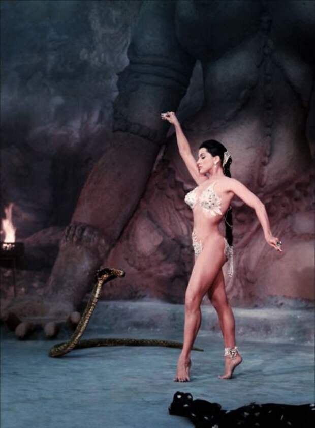 Легенды мирового кино: Дебра Пейджит