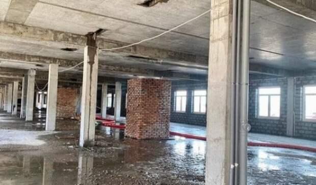 Внутри новой областной детской больницы Оренбурга приступили к отделочным работам
