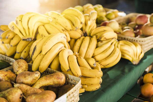 Путин объяснил, почему овощи в России стоят дороже эквадорских бананов
