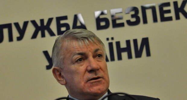 Запад может заставить Украину выполнять Минские соглашения в части переговоров ЛДНР и предоставления особого...
