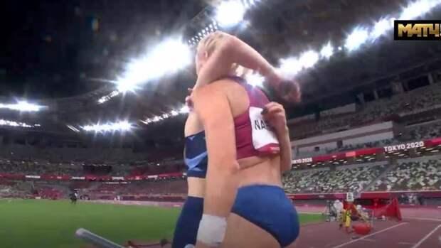 Соперница аплодировала Сидоровой перед решающей попыткой