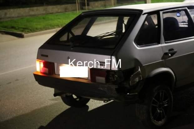 ДТП в Крыму: «Форд» выехал на тротуар и перевернулся (ФОТО)
