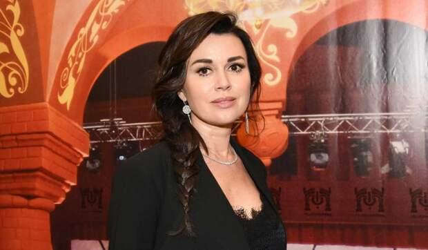 Известная актриса: У Насти Заворотнюк было суррогатное материнство